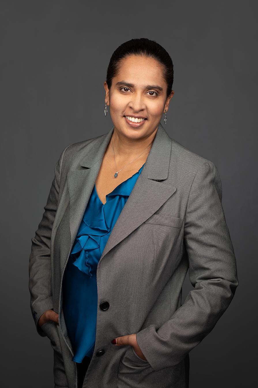 Portrait photo of Pittsburgh Professional M. Bernardine Dias, Ph.D. Headshot photo taken by Jen Barker Worley Photography
